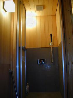 シャワー室ファン完成